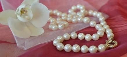beads-1234666_19201-600x270